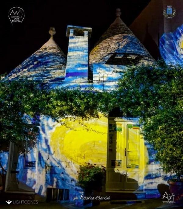 Trulli-Alberobello-Van-Gogh (8)