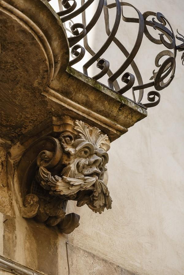 Val-di-Noto-Sicilië-barok-balkonnetjes (6)