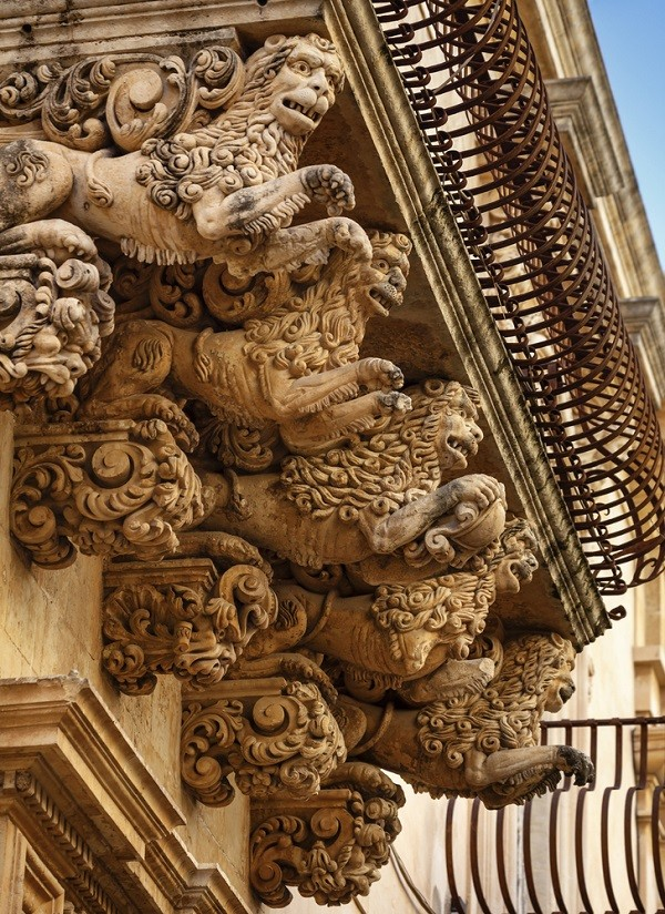 Barokke Balkonnetjes In De Val Di Noto