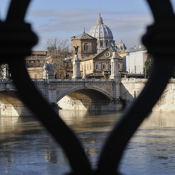 Vaticaan-Rome-thriller-De-verleidsters