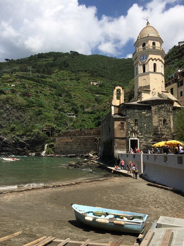 Vernazza-Cinque-Terre-kerk (3)
