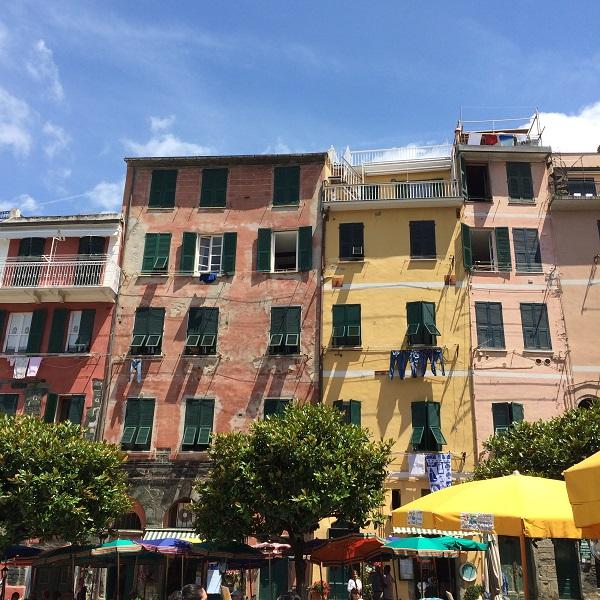 Vernazza-Cinque-Terre-piazzetta (7)