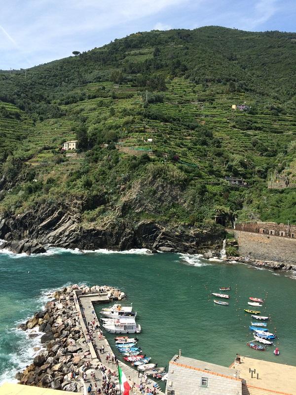 Vernazza-Cinque-Terre-uitzicht (1)