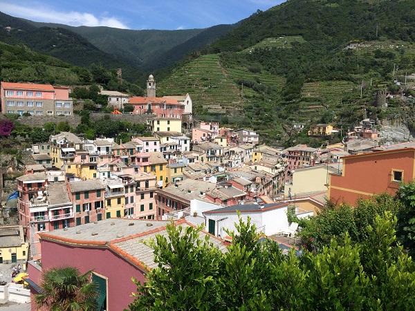 Vernazza-Cinque-Terre-uitzicht (3)