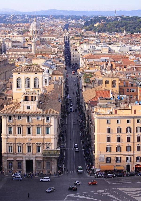 Via-del-Corso-Rome (2)