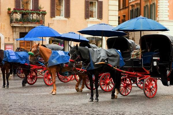 Via-delle-Carrozze-Rome