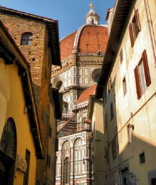 Via-dello-Studio-Duomo-Florence