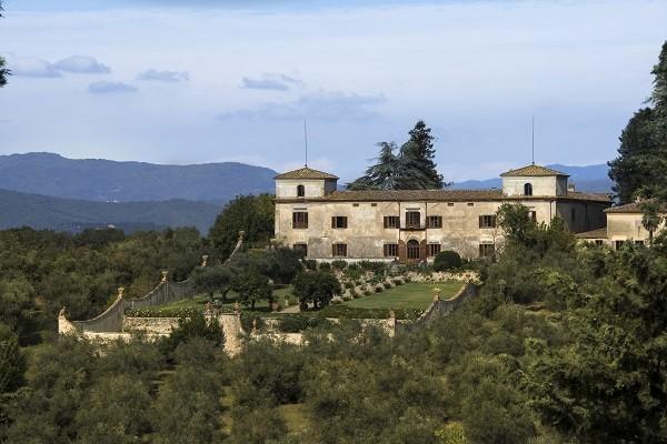 Villa-Medicea-di-Lilliano-Florence-Toscane