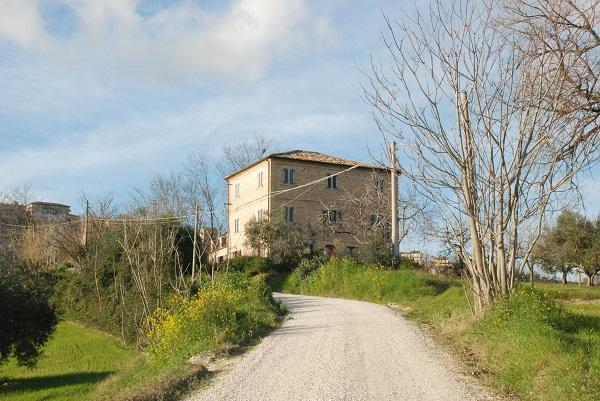Villa-Moltini-Le-Marche (5)