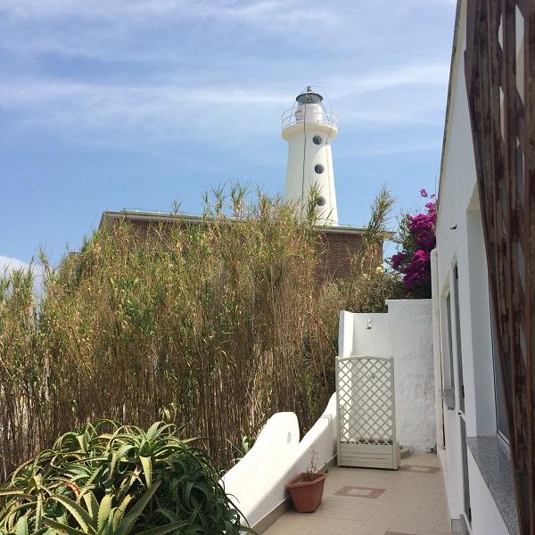 Villa-al-Faro-Visit-Ponza (1)
