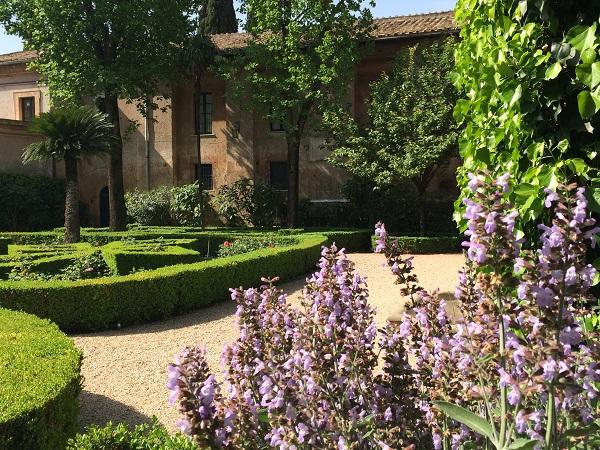 Villa-del-Priorato-achter-het-sleutelgat-Aventijn-Rome (13)
