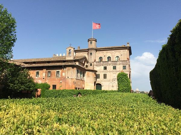 Villa-del-Priorato-achter-het-sleutelgat-Aventijn-Rome (4)