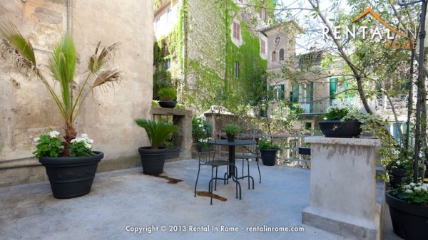 Vittoria_luxury_Terrace_-_Rental_in_Rome-54