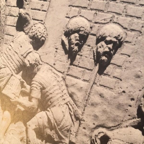 Zuil-Trajanus-Rome-forum-detail (6)