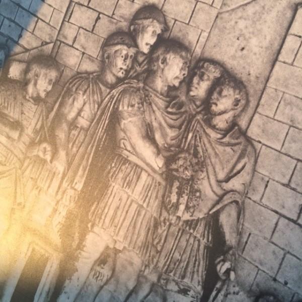 Zuil-Trajanus-Rome-forum-detail (8)