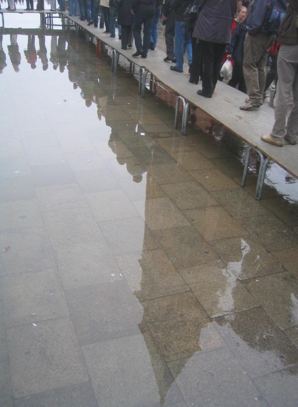 acqua-alta-Venetië-2006 (2)