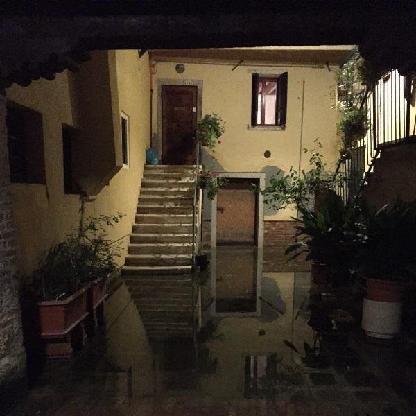acqua-alta-mei-2015-Venetië (1)