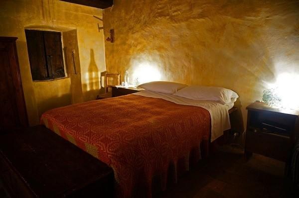 albergo-diffuso-Sextantio-Abruzzo-kamer (3)