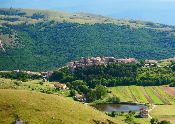 albergo-diffuso-Sextantio-omgeving-Abruzzo (4)