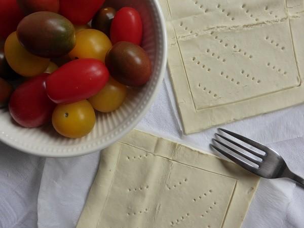 bladerdeeg-taartjes-tomaten-ricotta (5)