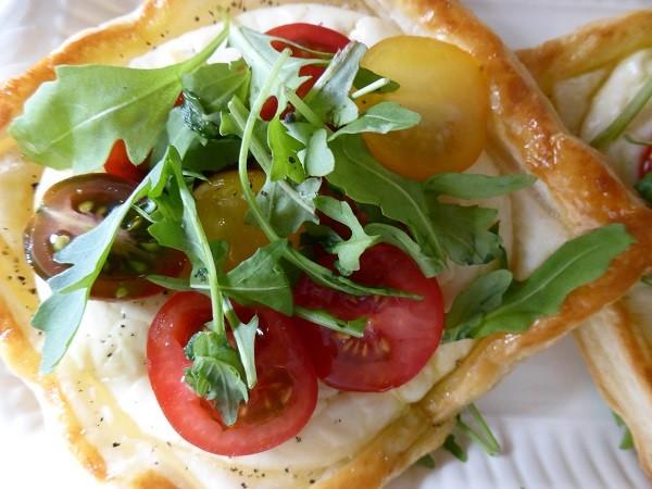 bladerdeeg-taartjes-tomaten-ricotta (8)