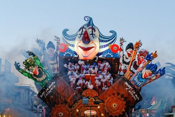 carnaval-van-Viareggio (15)