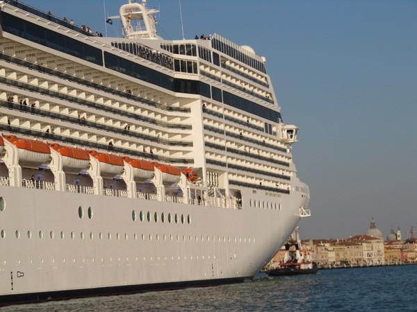 cruise-schepen-Venetie-verboden (1)