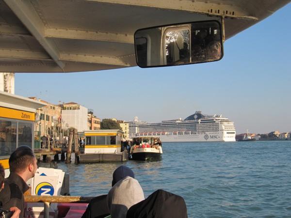 cruise-schepen-Venetie-verboden (4)