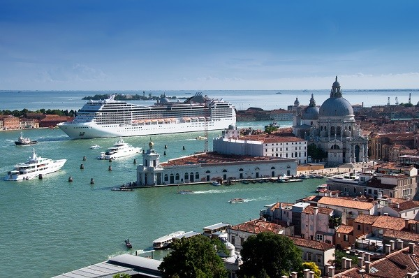 cruiseschepen-Venetië (1)