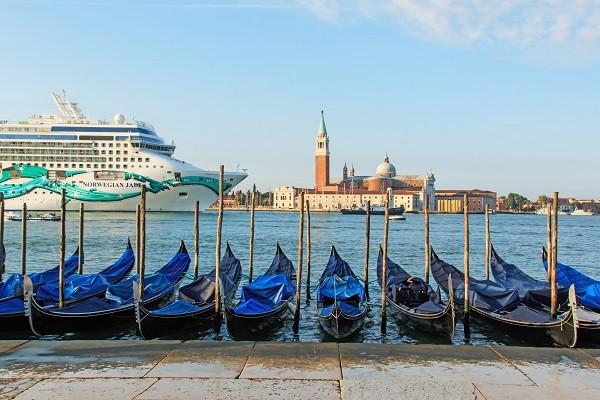 cruiseschepen-Venetië (2)