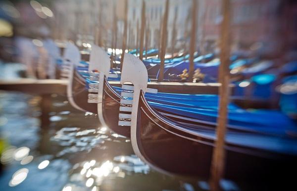 ferro-ijzer-gondel-Venetië
