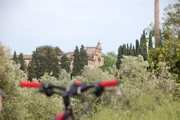 fietsen-Toscane-kastelen-audio-guide-Toscana-by-Bike (17)