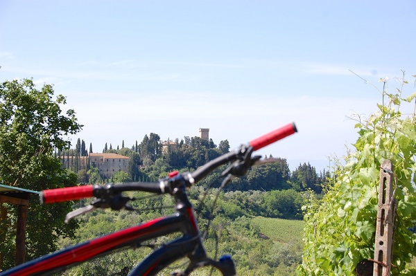 fietsen-Toscane-kastelen-audio-guide-Toscana-by-Bike (1b)