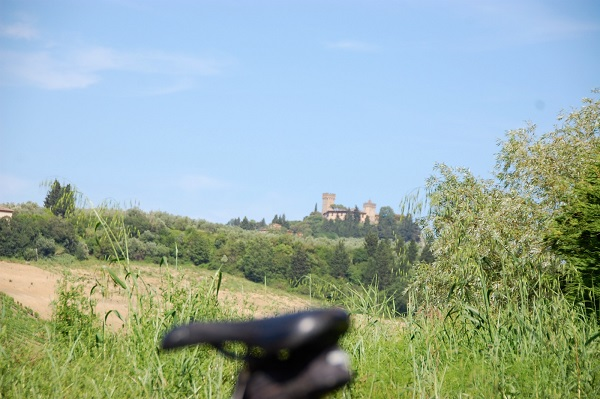 fietsen-Toscane-kastelen-audio-guide-Toscana-by-Bike (3)