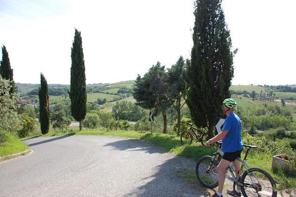 fietsen-Toscane-kastelen-audio-guide-Toscana-by-Bike (5)
