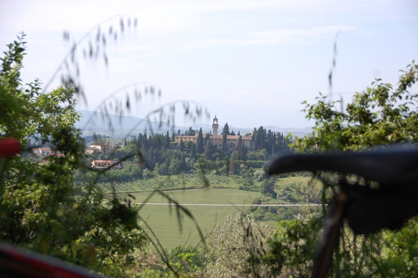 fietsen-Toscane-kastelen-audio-guide-Toscana-by-Bike (8)