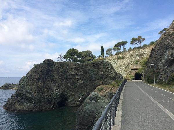 fietspad-Levanto-Bonassola-spoorwegtunnels (13)