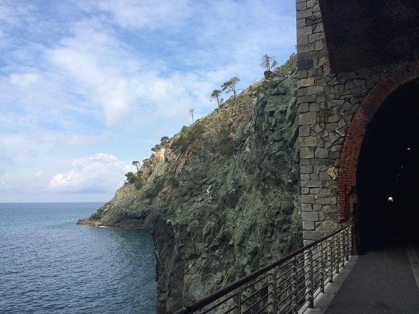fietspad-Levanto-Bonassola-spoorwegtunnels (16)