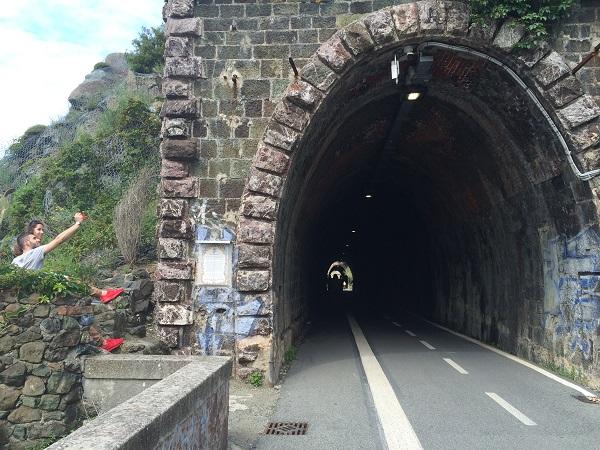 fietspad-Levanto-Bonassola-spoorwegtunnels (3)