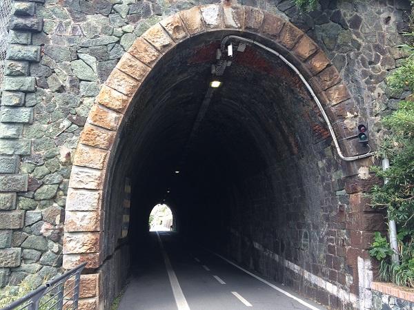fietspad-Levanto-Bonassola-spoorwegtunnels (8)