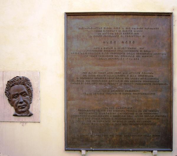 gedenkplaat-Moro-Rome
