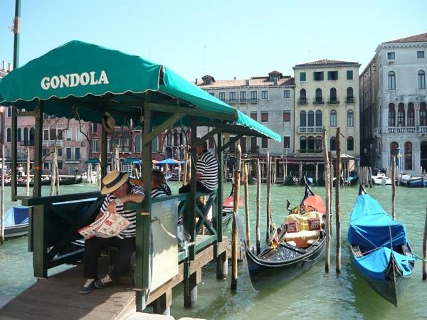 gondelier-Venetië-1