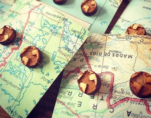 houten-oorbellen-wereldkaart