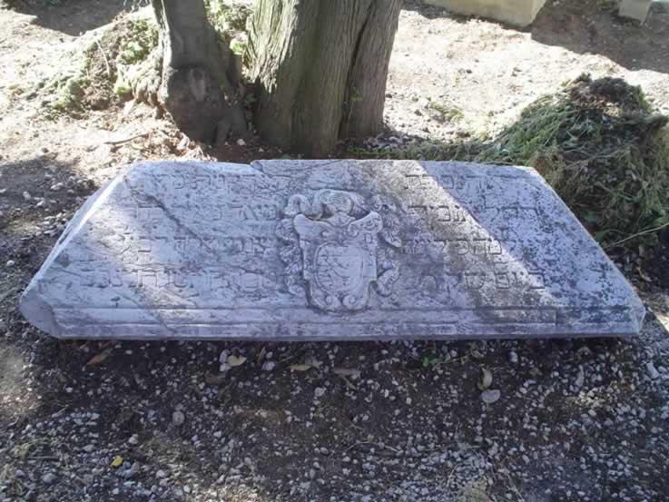 joods-kerkhof-Pisa (14)
