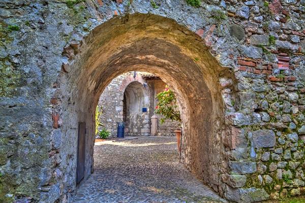 kasteel-castello-Malcesine-Gardameer (1)