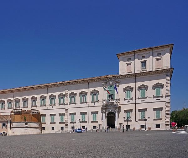 kazerne-Corazzieri-Quirinale-Rome (1)