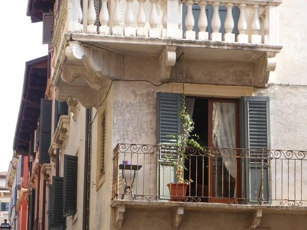 luiken-vensters-Verona (7)