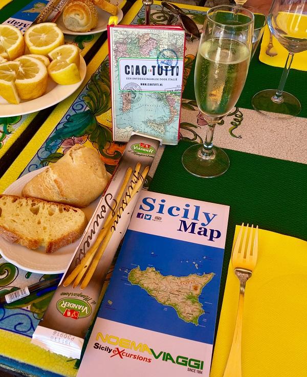 lunch-Hotel-Villa-Bianca-Taormina-Sicilie (1)
