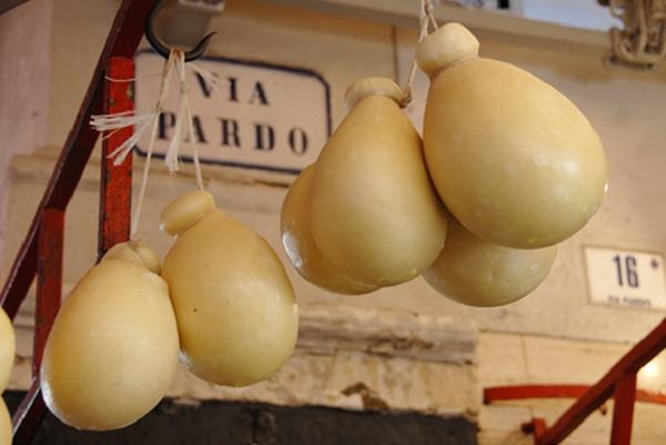 markt-Catania-Sicilie-1