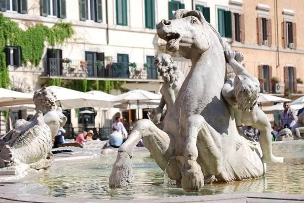 neptunus-fontein-Piazza-Navona-Rome (4)